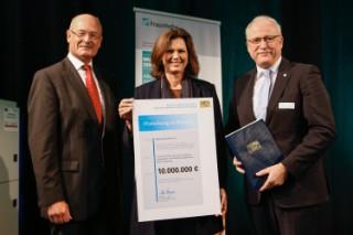 Das Fraunhofer IGCV erhält Förderbescheid in Höhe von 10 Millionen Euro für das MULTIMATERIALZENTRUM Augsburg